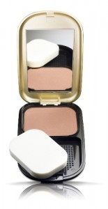 Base Compacta Max Factor Facefinity