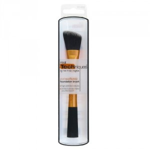 Brocha Base Líquida Foundation Brush 1402 Real Techniques